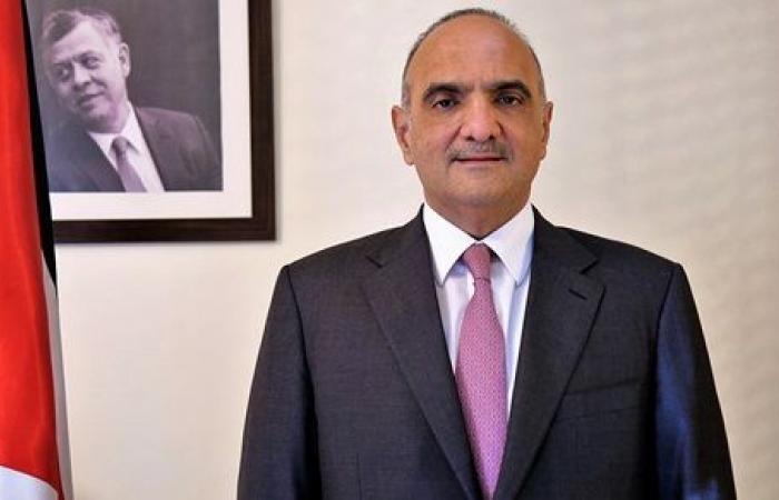 الحكومة الأردنية توجه بتشديد الرقابة على الالتزام بالإجراءات الوقائية ضد كورونا