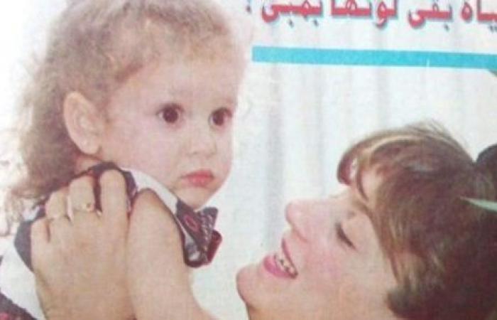 جميلة عوض تستعيد ذكريات طفولتها برفقة والدتها