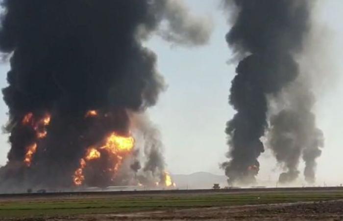 اللحظات الأولى لانفجار شاحنات غاز ووقود على الحدود الإيرانية الأفغانية... فيديو