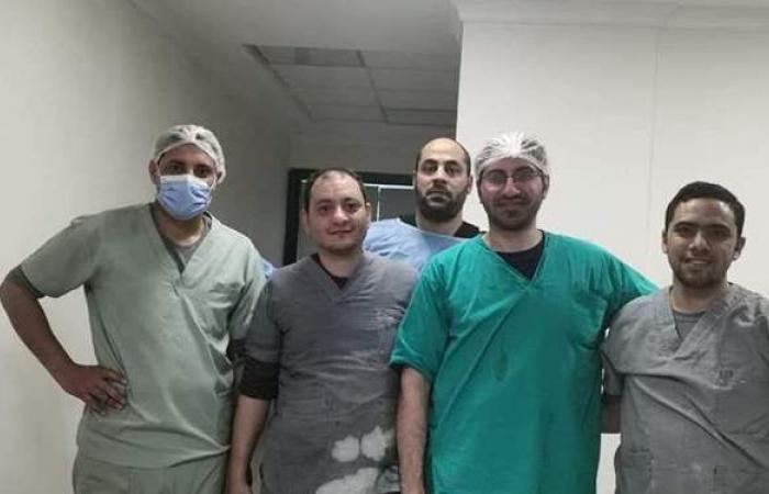تركيب مفصل ثنائي القطبين لسيدة مسنة بمستشفى أبورديس
