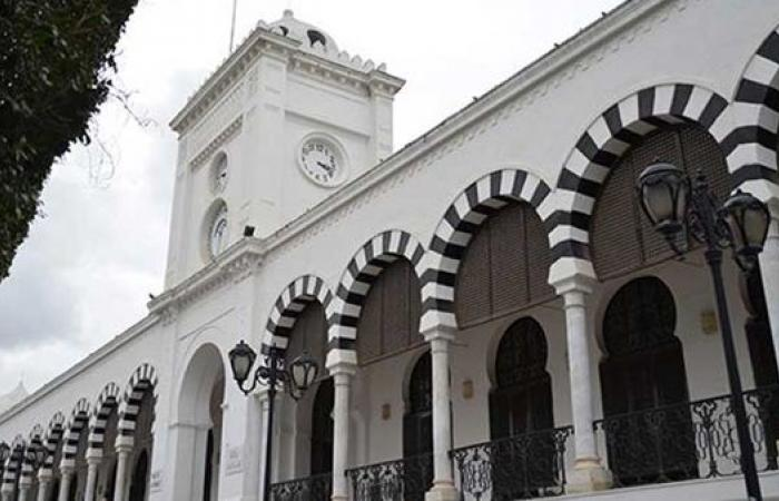 تونس تقترض 1.5 مليار دولار من المؤسسة الدولية الإسلامية