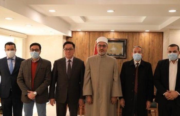 أمين البحوث الإسلامية يلتقي سفير كازخستان لبحث التبادل الثقافي والعلمي