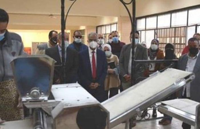رئيس جامعة بورسعيد يتفقد المدينة الجامعية ويفتتح المخبز الآلى بمدينة العبد