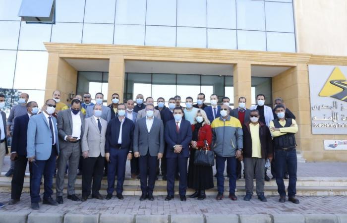 وزير السياحة والآثار يتفقد المركز المصرى للقيادة الآمنة بمدينة 15 مايو
