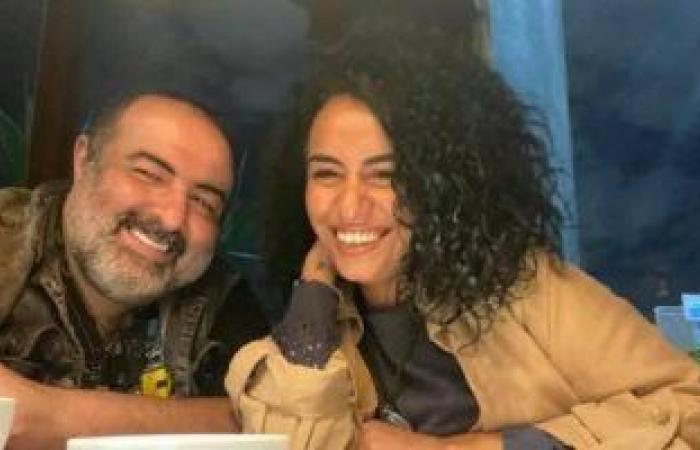 نانسي صلاح تكشف عن دبلة خطوبتها من سامح عبد العزيز وتعلق: ربنا يحمينا