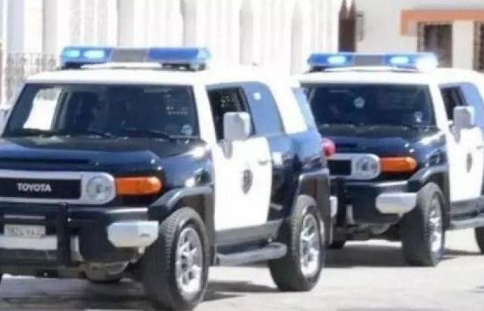 الإطاحة بـ4 مواطنين انتحلوا صفة رجال الأمن لسلب العمالة بالجوف