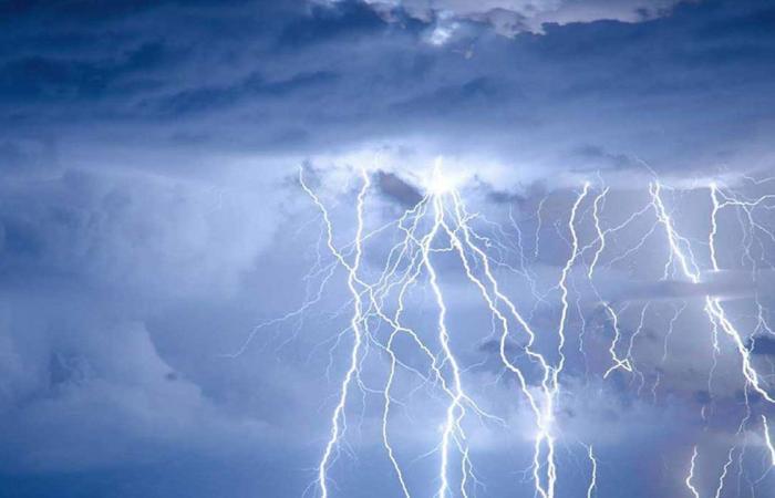 مركز «الأرصاد» يعلن طقس الثلاثاء: أمطار رعدية على 5 مناطق
