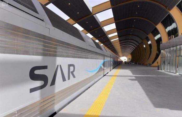 اندماج الخطوط الحديدية في سار يرفع كفاءة النقل بالسعودية