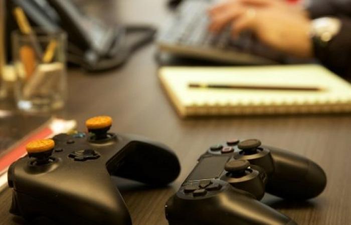 صندوق الاستثمارات يستثمر في الشركة المطورة لألعاب الفيفا