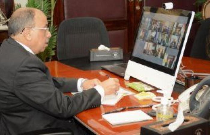 وزير التنمية المحلية يشيد بجهود العاملين بالمحليات فى رفع تراكمات الأمطار