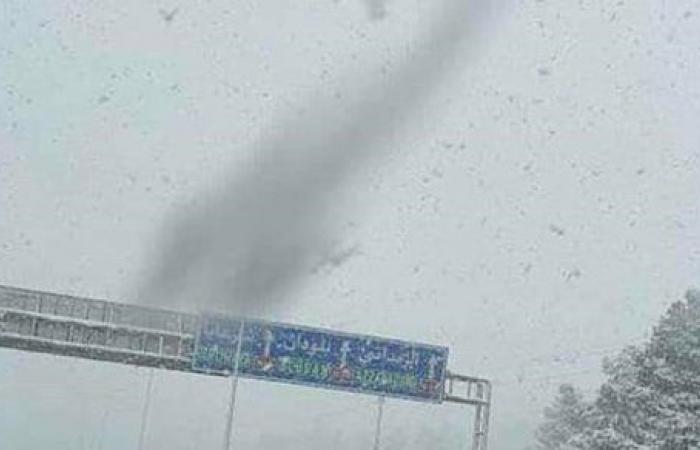 سوريا.. الثلوج تغلق هذه الطرق أمام السائقين ونداء عاجل من إدارة المرور