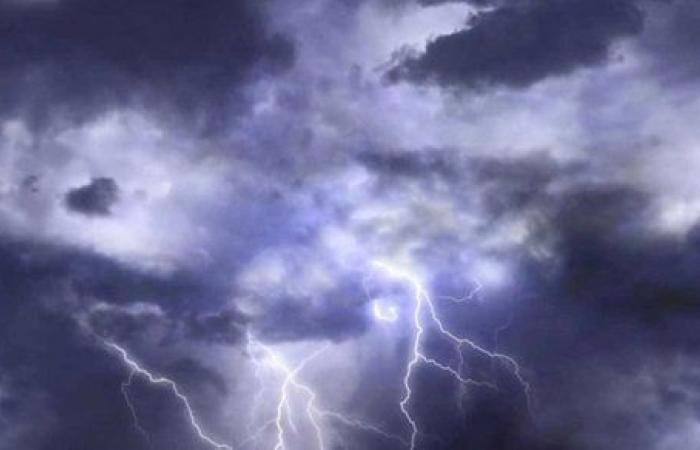 الأرصاد العمانية: توقعات بهطول أمطار متفرقة