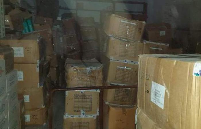 ضبط أدوية مهربة بـ٣ صيدليات في حملة لتموين الإسكندرية