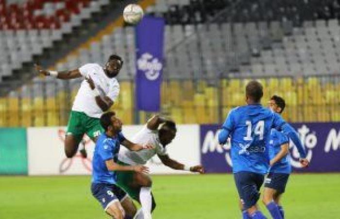 """المصرى يتعادل مع سموحة 1 -1 وأحمد رفعت يرفض هدية الـ""""var"""".. فيديو وصور"""