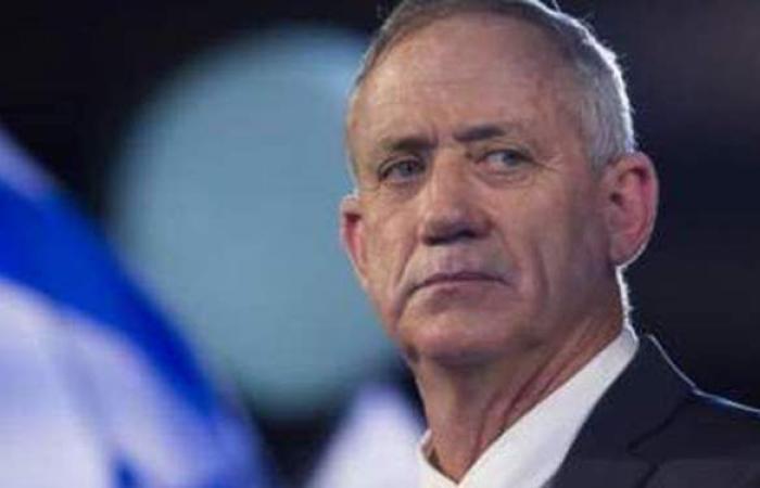 كبار المسئولين العسكريين الإسرائيليين يطالبون جانتس بالانسحاب من الانتخابات