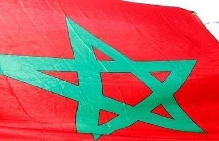 لدعم مغربية الصحراء.. وفد من السفارة الأمريكية بالرباط يزور الداخلة