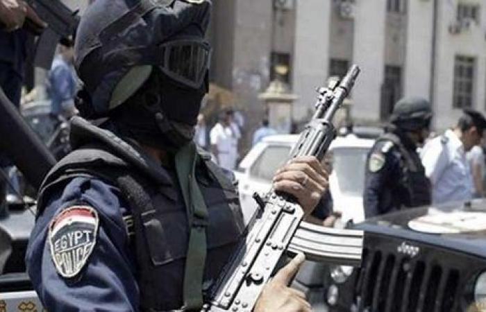 حملة أمنية مكبرة بأسيوط.. ضبط 23 متهما بحوزتهم أسلحة نارية ومخدرات