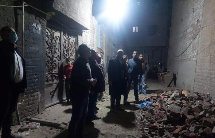 تصدع 10 منازل بحى غرب أسيوط بسبب البحث عن الآثار