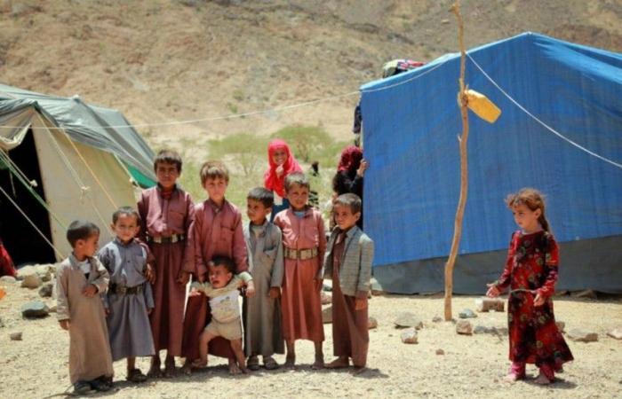 الحوثي يشرد 1500 أسرة في مأرب
