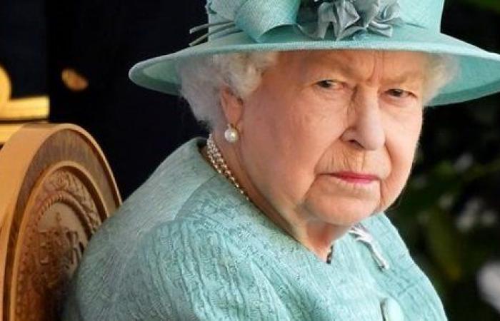 خروج بلا عودة.. قرارات صارمة من الملكة إليزابيث بشأن هاري وميجان