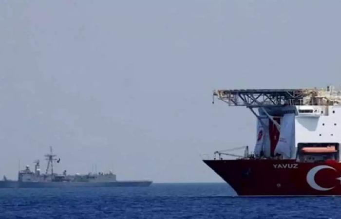 تحرّش في المياه الدولية.. تركيا تتهم مقاتلات يونانية بمضايقة سفينة أبحاث تابعة لها