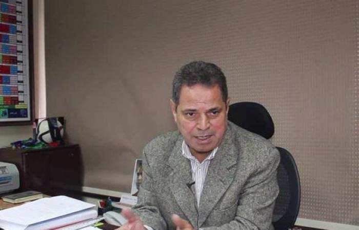 حاتم صبري يدير اللجنة الفنية مؤقتاً خلفاً لمحمود سعد