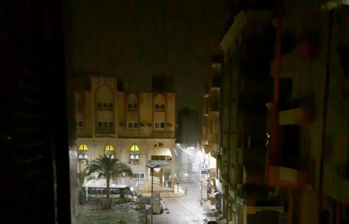 سقوط أمطار ثلجية وبرق ورعد على مدن محافظة دمياط.. صور