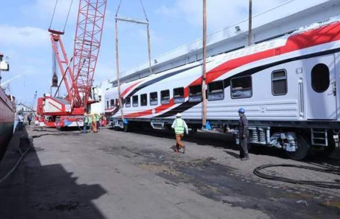 وزير النقل يتسلم عربات القطارات الجديدة اليوم