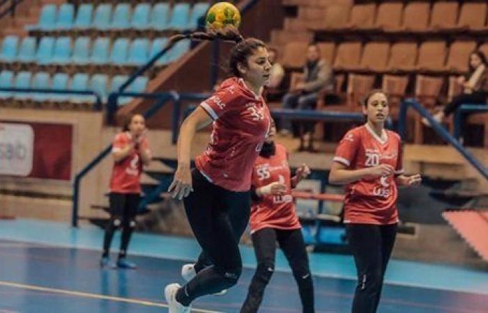 الأهلي يكتسح الطيران ويصعد لنصف نهائي كأس مصر لسيدات اليد