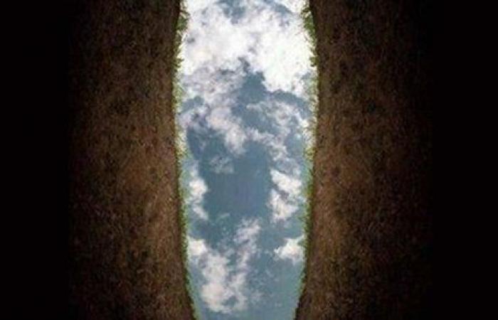 لماذا يختار الميت الصدقة لو رجع إلى الحياة الدنيا ؟.. 10 أسباب تجعلك تحرص عليها في حياتك قبل مماتك