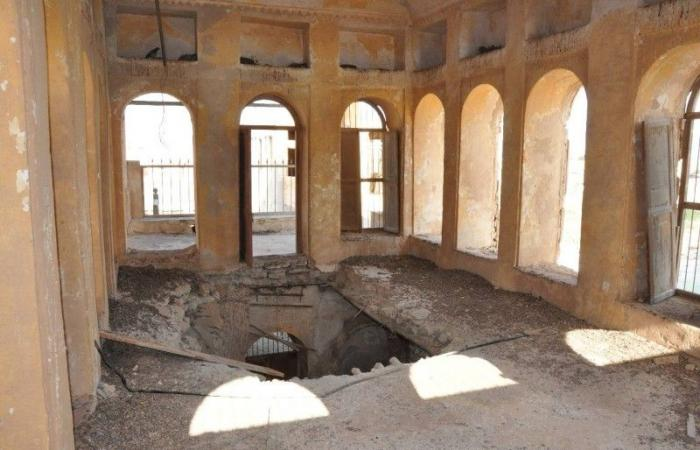 سقوط سقف جمارك العقير ينذر بكارثة تراثية