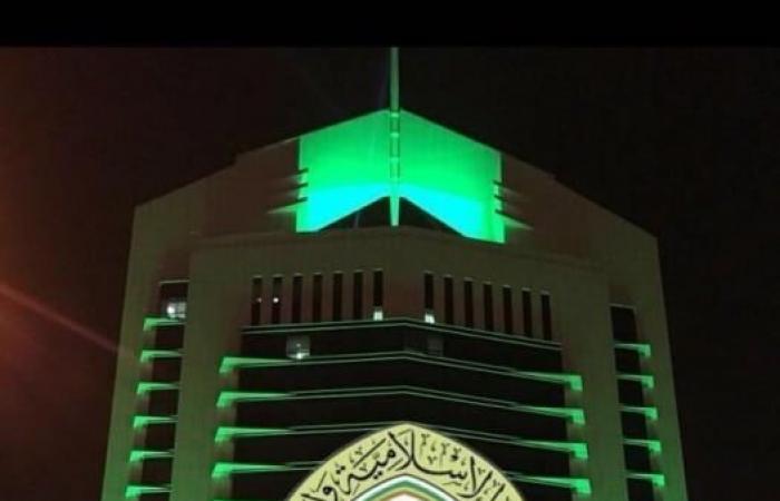إغلاق 12 مسجداً بعد رصد 12 حالة كورونا بين المصلين