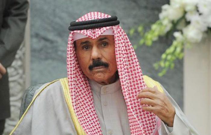 أمير الكويت يهنئ القيادة بنجاح العملية الجراحية لولي العهد