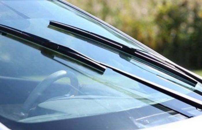 أهم الأسباب وراء توقف المساحات في السيارة ؟