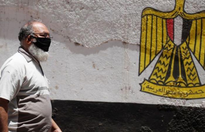 ضجة في مصر... مسؤول يكشف مفاجأة بشأن بناء منازل فوق المساجد
