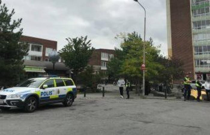 العربية: إصابة 8 أشخاص بهجوم إرهابي بالسلاح الأبيض فى السويد