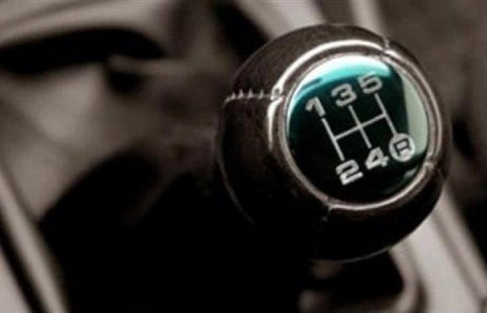 علامات تلف الفتيس المانيوال في السيارة