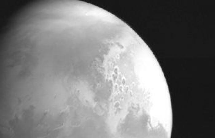 """الصين تنشر صورا عالية الدقة للمريخ من مسبار """"تيانون-1"""""""