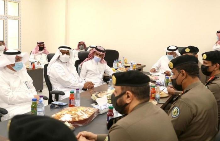 مناقشة تسليم مباني الجهات في مركز الضبط الأمني الجديد بالشميسي