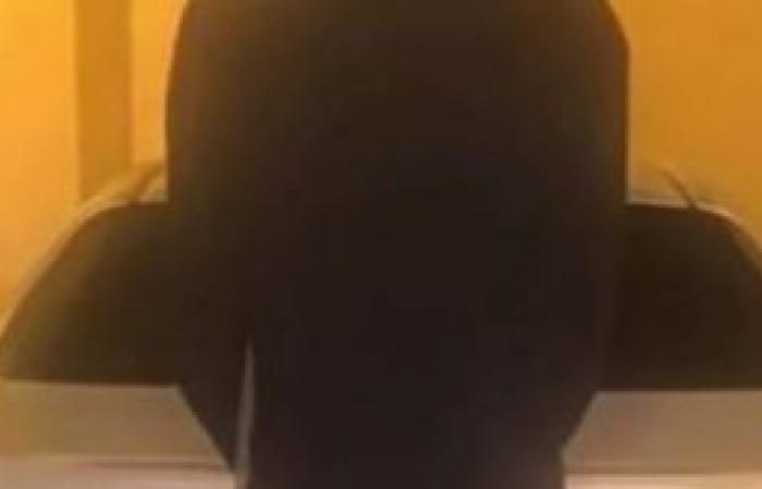 فيديو.. ضبط مقيم هندي صوّر رجال الأمن في الرياض والنساء أثناء إيصالهن
