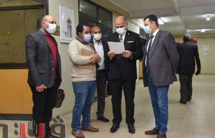 رئيس جامعة الأقصر يتفقد سير امتحانات الفصل الدراسي الأول | صور