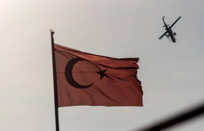 تحطم طائرة تركية ومقتل وإصابة 13 شخصاً