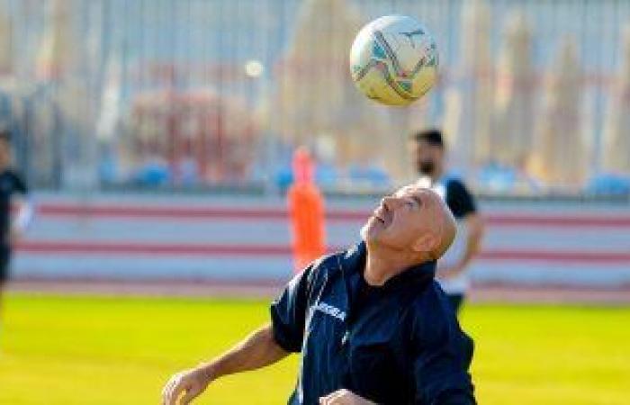 باتشيكو يستغل رحلة تونس لدراسة فريق الترجى على متن الطائرة