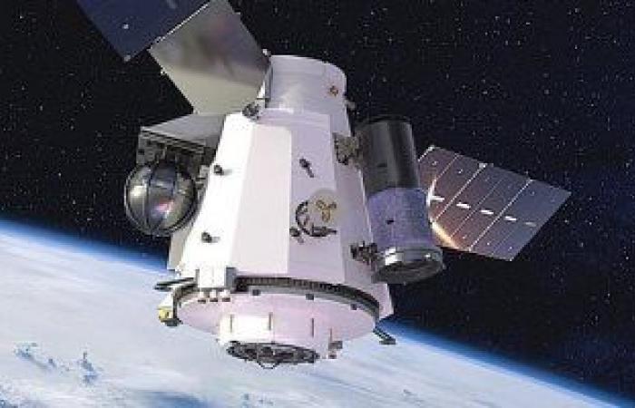 كيف تستطيع مصر دخول عصر الفضاء بقوة؟.. رئيس قسم التحكم بالقمر الصناعى يجيب