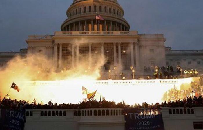 إعلان حالة التأهب القصوى بالكابيتول وسط تهديدات باقتحام الكونجرس من جديد