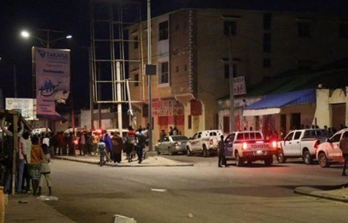 مقتل وإصابة 50 شخصا بسبب انفجار سيارة مفخخة في مقديشو