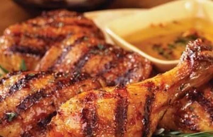 أحلي من المطاعم .. طريقة تحضير الفراخ المشوية والتومية