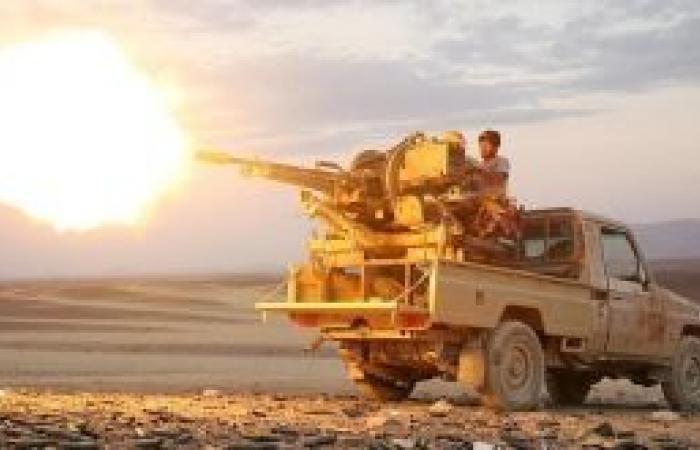 الجيش اليمني يكسر هجومًا لميليشيا الحوثي ويقتل 70 عنصرًا