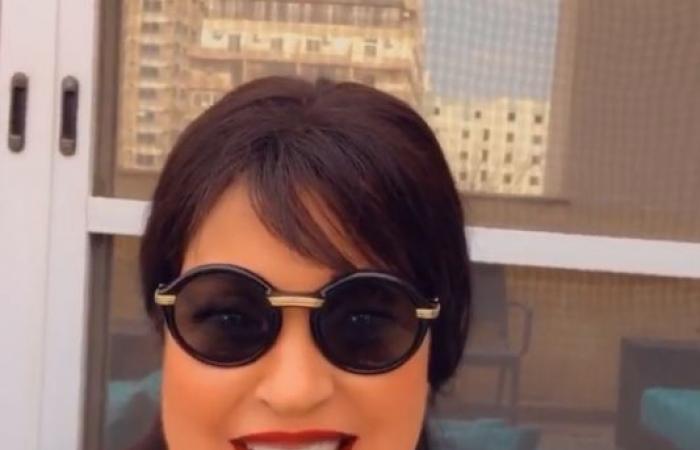 فيفى عبده تطمئن جمهورها فى أحدث ظهور: أنا عيانة وادعولى.. فيديو وصور