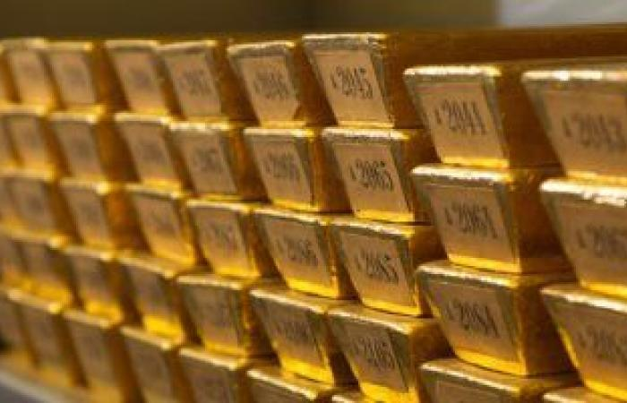 الذهب ينتعش من أدنى مستوى فى 3 أسابيع مع توقف صعود الدولار